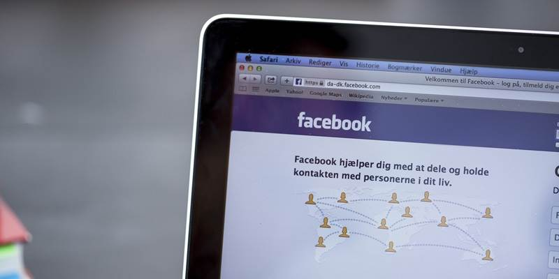 Danes are reluctant to discuss politics on Facebook