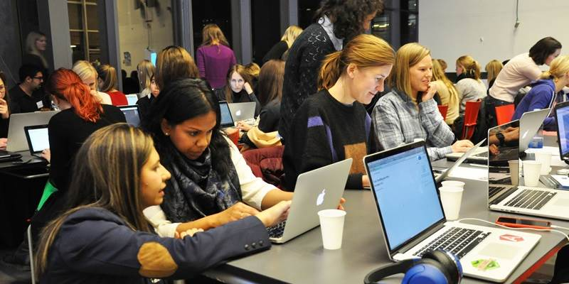 Networking paves the road for female coders